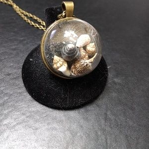 Bronze tone dome shell necklace